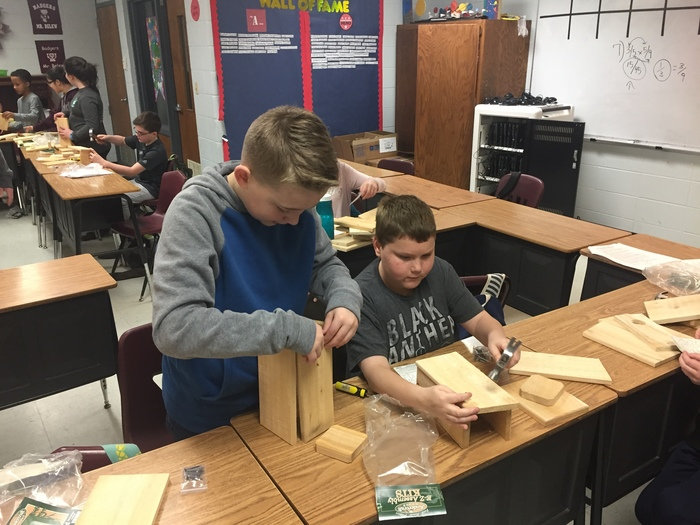 Bluebird house construction